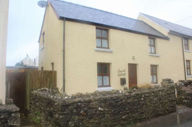 3 Bedrooms Semi Detached House for sale in Laurel Cottage, St Florence - 3 Bed Semi-detached Cottage.