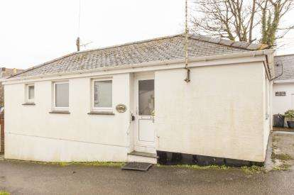2 Bedrooms Bungalow for sale in Chacewater, Truro, Cornwall