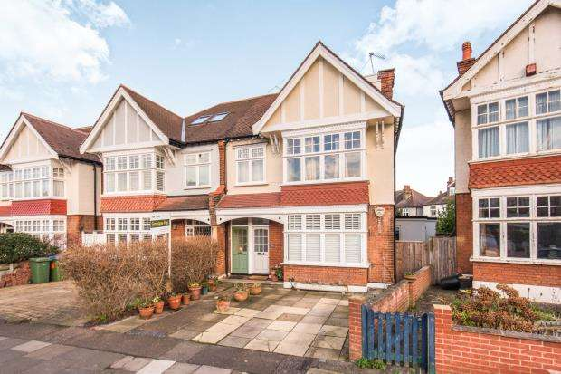 1 Bedroom Flat for sale in East Sheen, London, .