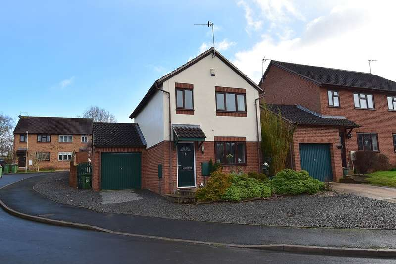 3 Bedrooms Detached House for sale in Coppice Close, Droitwich, WR9