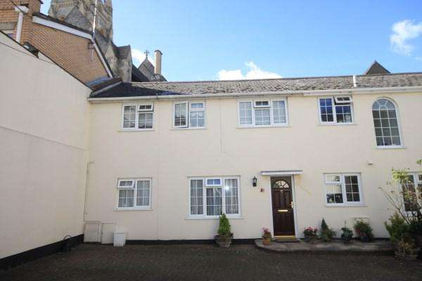 2 Bedrooms Mews House for sale in Upper Norwich Road, Bournemouth