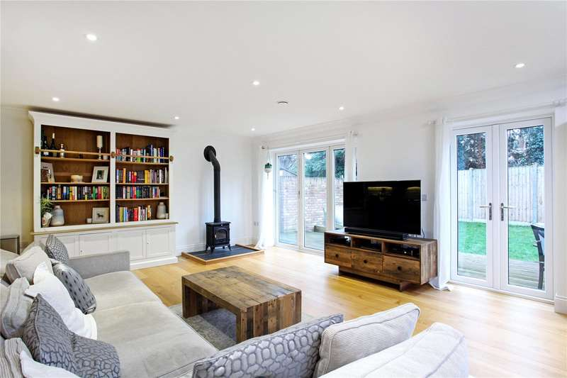 5 Bedrooms Detached House for sale in Station Road, Wraysbury, Staines-upon-Thames, Berkshire, TW19