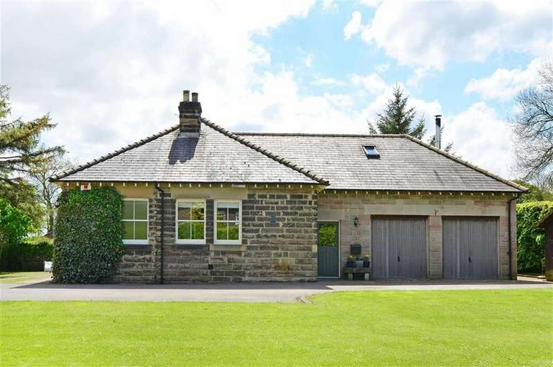 3 Bedrooms Detached Bungalow for sale in Sunny Lea, The Firs, Monyash Road, Bakewell, Derbyshire, DE45