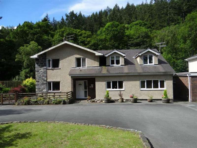 5 Bedrooms Guest House Commercial for sale in Betws Y Coed, Conwy