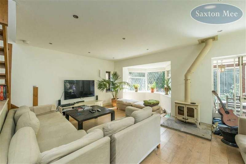 4 Bedrooms Detached House for sale in Manchester Road, Hollow Meadows, Sheffield, S6