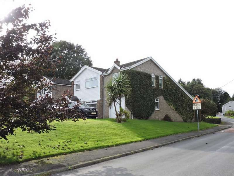 5 Bedrooms Detached House for sale in Fforest Fach, Tycroes