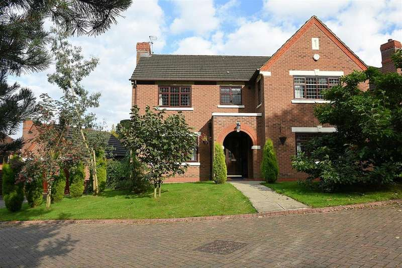 4 Bedrooms Detached House for sale in Burwardsley Way, Kingsmead