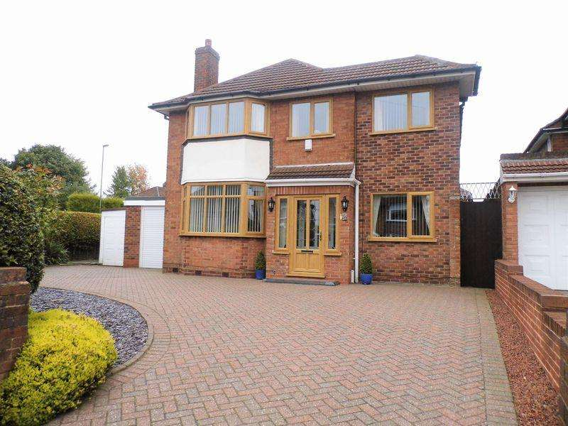3 Bedrooms Detached House for sale in Field Lane, High Heath, Pelsall, Walsall.
