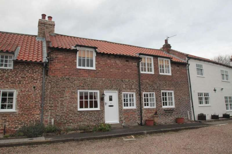 3 Bedrooms Terraced House for rent in Wells Cottages, Egglescliffe Village