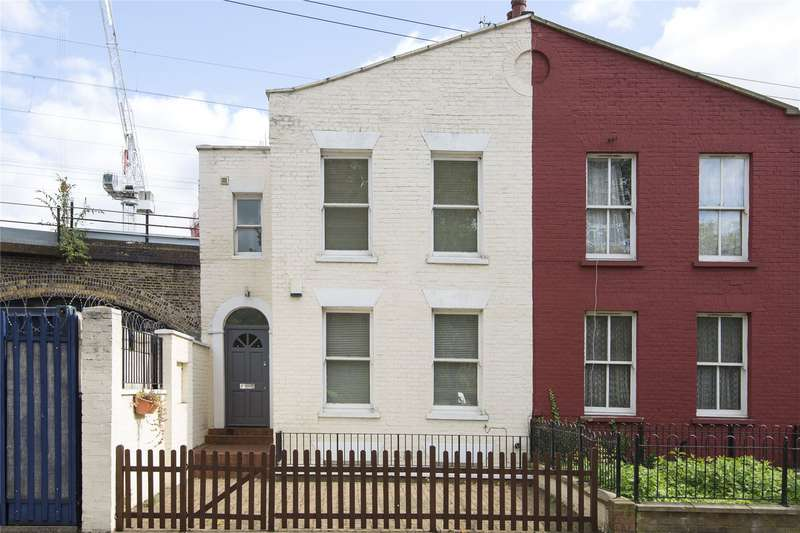 3 Bedrooms House for sale in Martello Street, London, E8