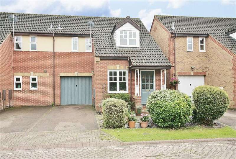 3 Bedrooms Semi Detached House for sale in Coopers Gate, Banbury
