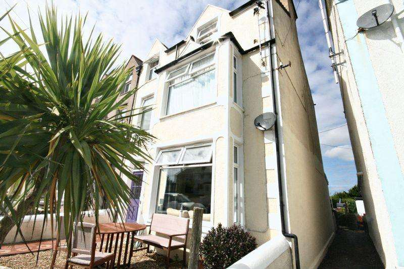 7 Bedrooms Guest House Commercial for sale in Rhosneigr, Anglesey