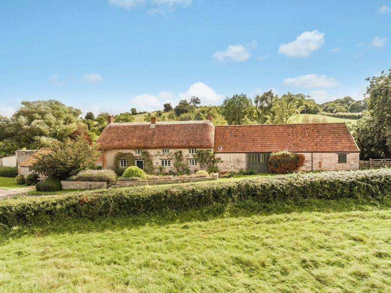 4 Bedrooms Country House Character Property for sale in Henley, Near Langport Somerton