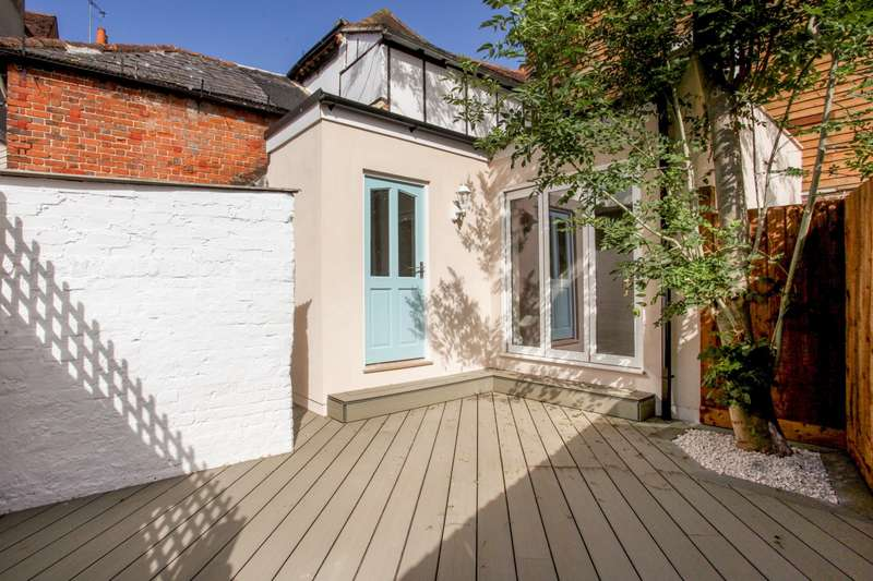 3 Bedrooms Terraced House for sale in High Street, Eton, SL4