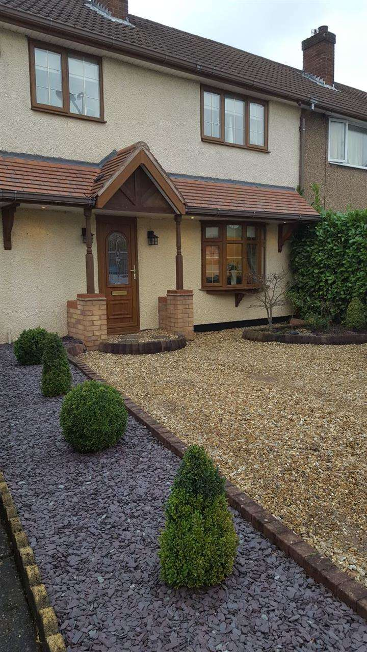 3 Bedrooms Semi Detached House for sale in Sankey Road, Cannock