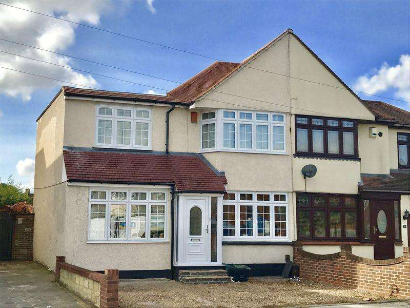 4 Bedrooms Semi Detached House for sale in Penhill Road, Bexley