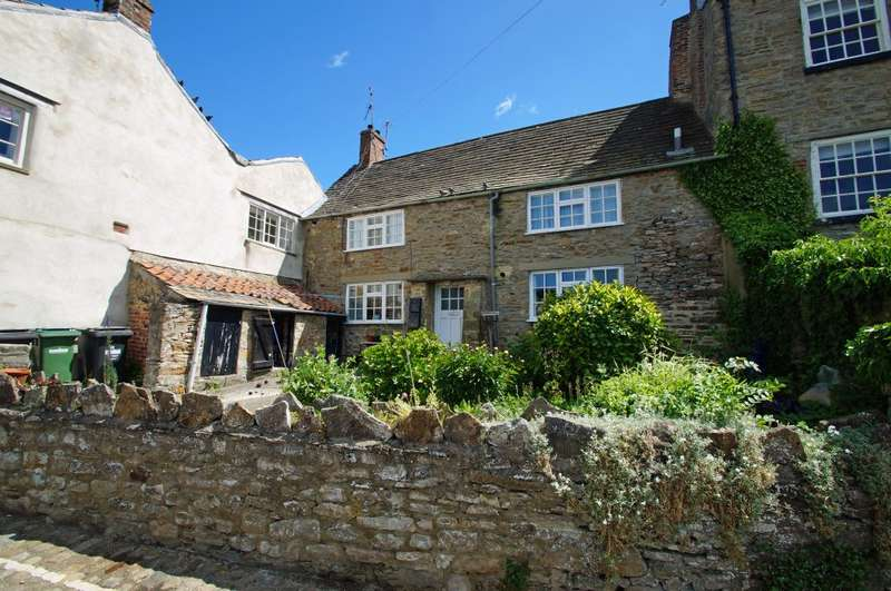 1 Bedroom Terraced House for sale in 31A & 31B Castle Walk, Richmond, North Yorkshire, DL10 4QP