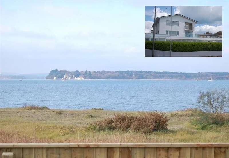 2 Bedrooms Apartment Flat for rent in Sandbanks