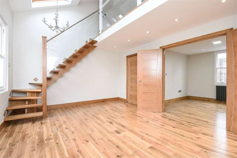 3 Bedrooms Maisonette Flat for sale in Mason Street, London, SE17