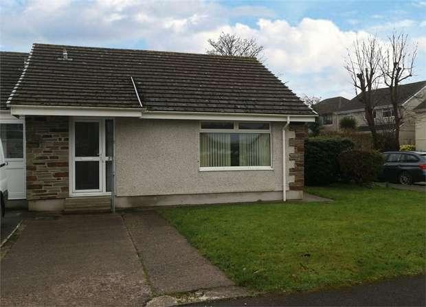 2 Bedrooms Semi Detached Bungalow for sale in Fowey Crescent, Callington, Cornwall