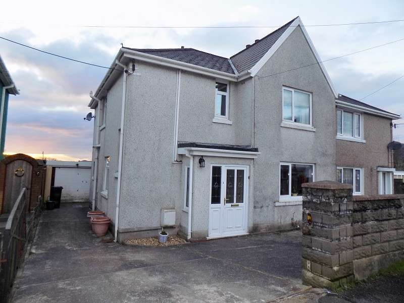 3 Bedrooms Semi Detached House for sale in Heol Y Graig , Tonna, Neath, Neath Port Talbot. SA11 3LZ