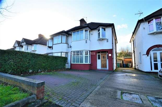 3 Bedrooms Semi Detached House for sale in Watford Way, NW4