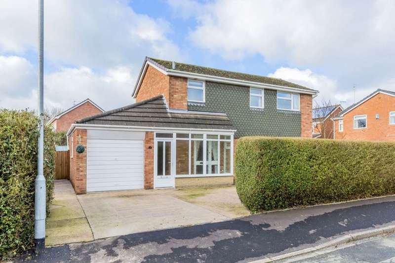3 Bedrooms Detached House for sale in Nairn Avenue, Holmes Chapel, Crewe, CW4