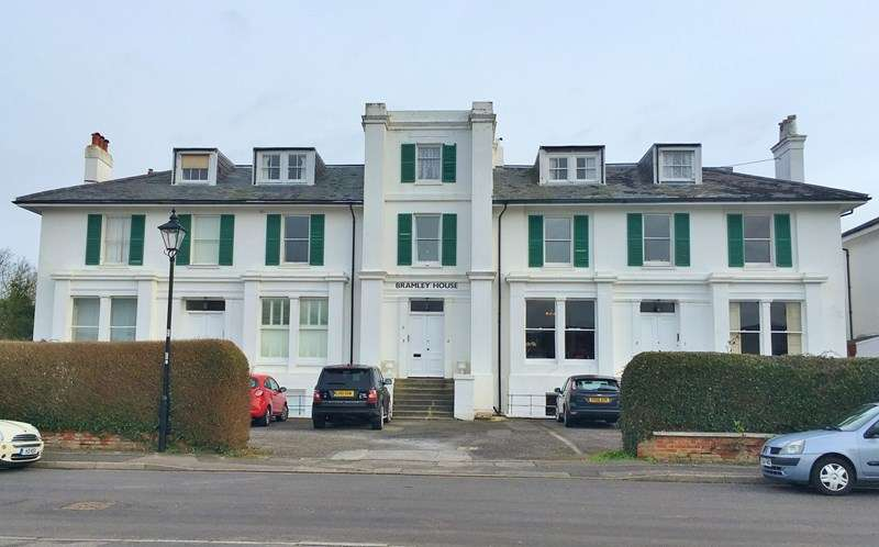 1 Bedroom Apartment Flat for sale in Crescent Road, Alverstoke, Gosport