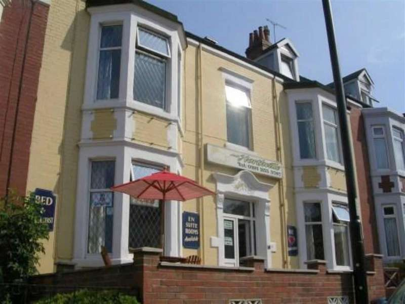 9 Bedrooms Terraced House for sale in South Parade, Whitley Bay, Tyne & Wear, NE26