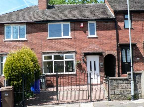 3 Bedrooms Town House for rent in Clyde Road, Burslem, Stoke-On-Trent