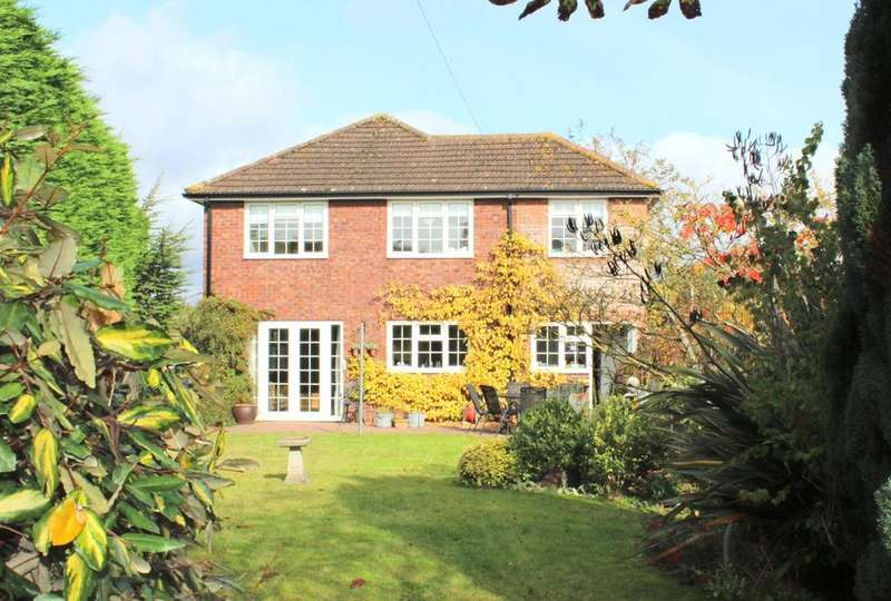 4 Bedrooms Detached House for sale in Cookham