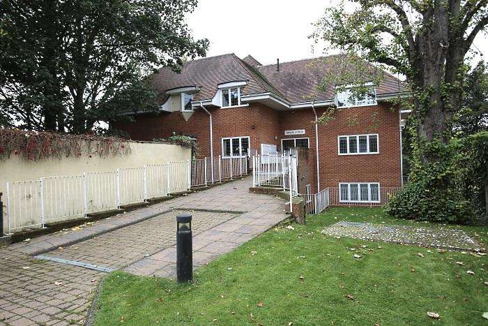 1 Bedroom Retirement Property for sale in Brook Lodge, Ongar CM5
