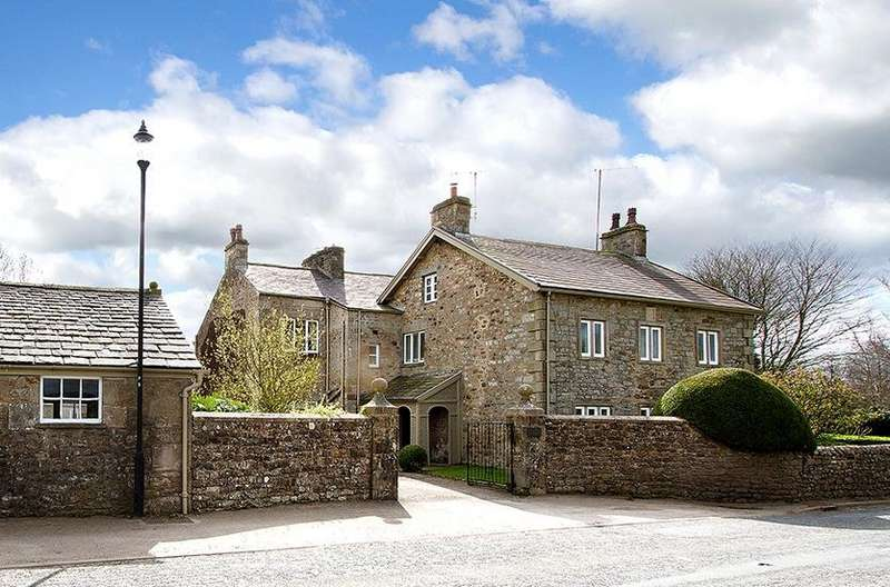 5 Bedrooms Detached House for sale in The Old Vicarage, Tunstall, Carnforth