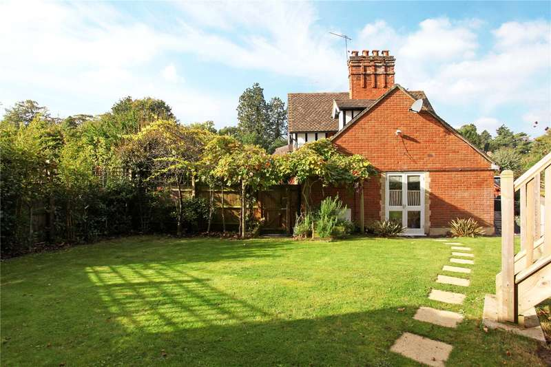 4 Bedrooms Semi Detached House for sale in Kiln Lane, Sunningdale, Berkshire, SL5