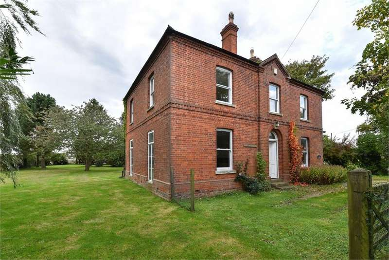 5 Bedrooms Detached House for sale in Main Road, Brothertoft, Boston, Lincolnshire