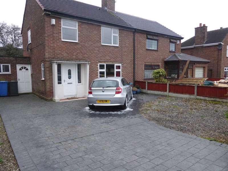 3 Bedrooms Semi Detached House for rent in Bernard Avenue, Warrington