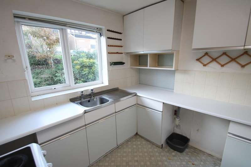 2 Bedrooms Flat for sale in Hartley