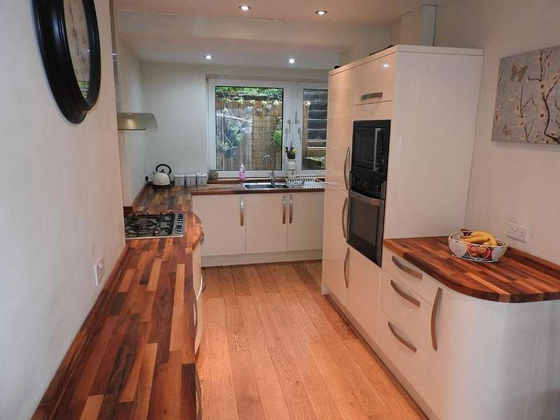 4 Bedrooms Semi Detached House for sale in Penlan Crescent, Uplands, Swansea, SA2