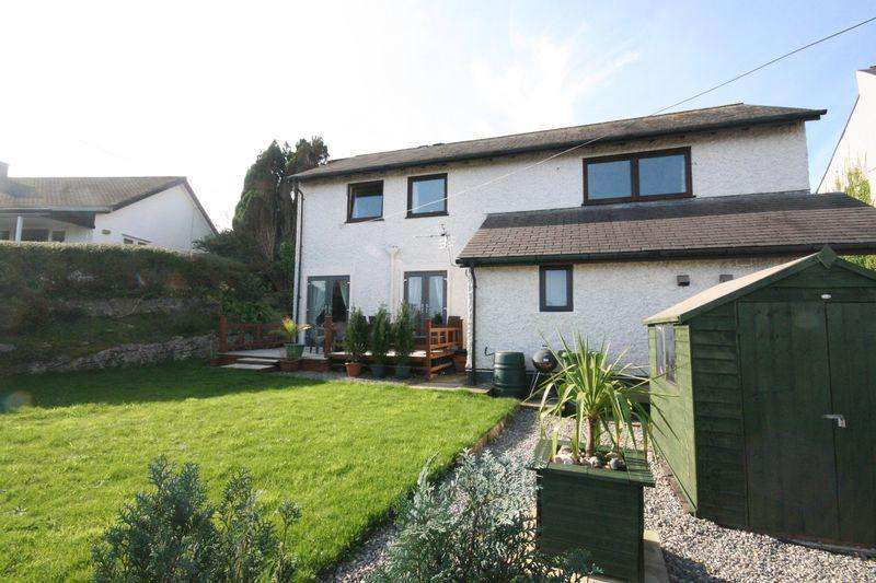 3 Bedrooms Apartment Flat for sale in Benllech, Anglesey