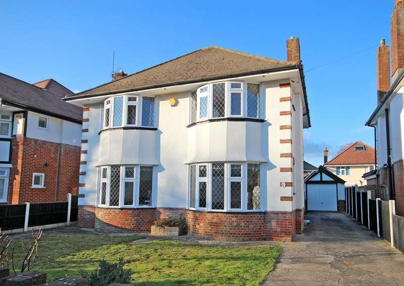 3 Bedrooms Detached House for sale in Verona Avenue, Southbourne, Bournemouth