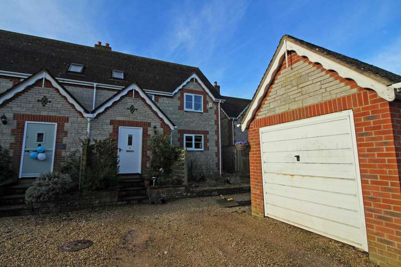 3 Bedrooms Semi Detached House for sale in New Friary Cottages, Witham Friary