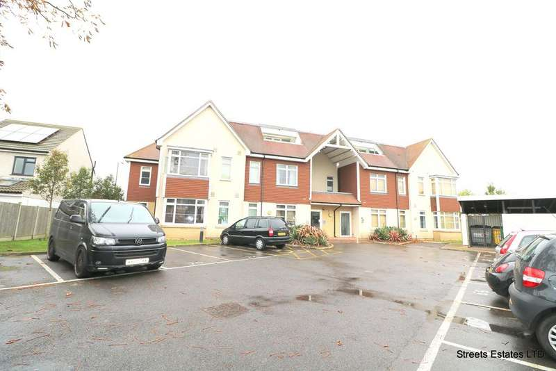 2 Bedrooms Flat for rent in Pickford Road, Bexleyheath DA7