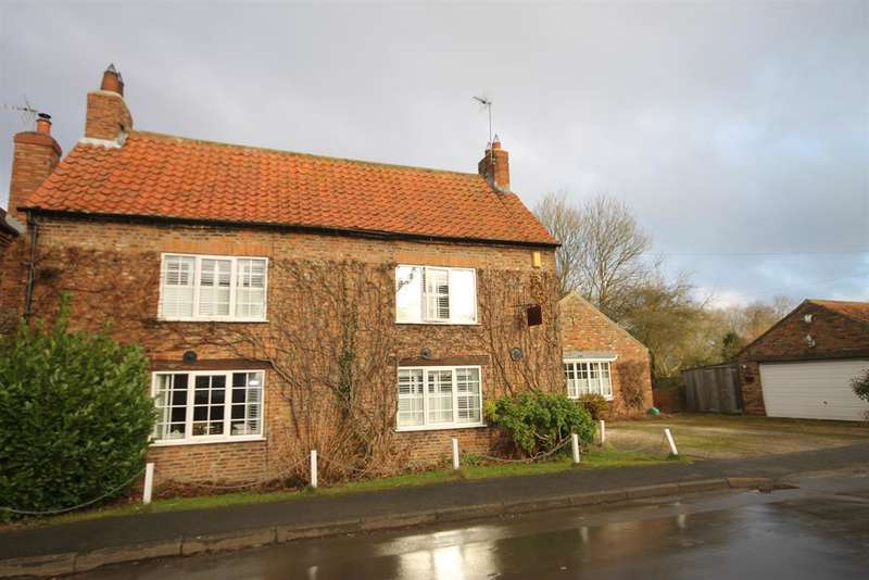 4 Bedrooms House for rent in Main Street, Ellerton, York, YO42 4PB