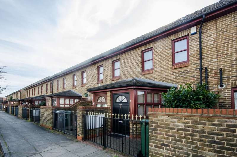 4 Bedrooms House for rent in Queens Road, Walthamstow, E17