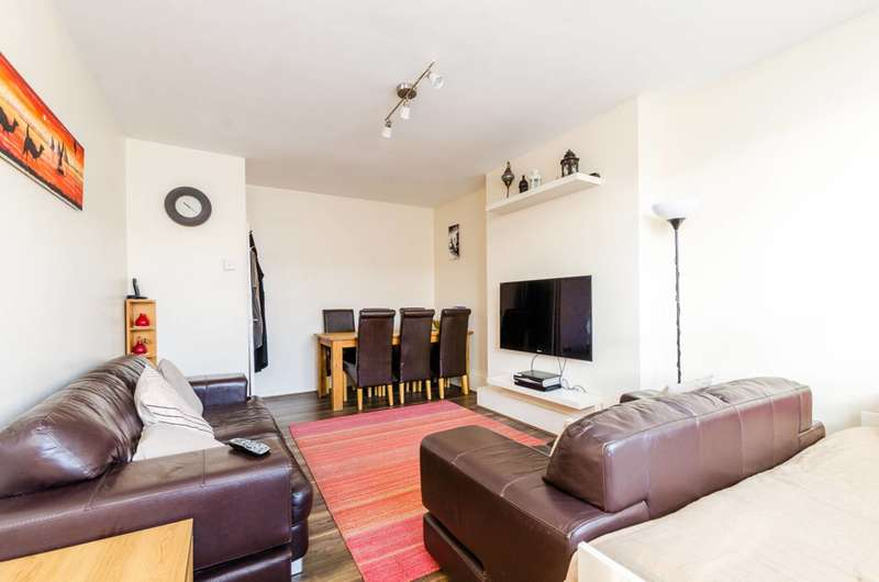 2 Bedrooms Flat for sale in Old Bethnal Green Road, Bethnal Green, E2