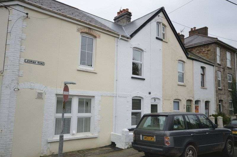 2 Bedrooms Property for sale in Ledrah Road, St. Austell
