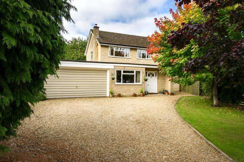 4 Bedrooms Detached House for sale in Troutbeck, The Glebe, Standlake, Witney, Oxfordshire