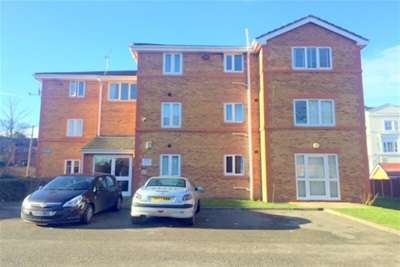 2 Bedrooms Flat for rent in St Marks Court, Devonshire Road, Oxton