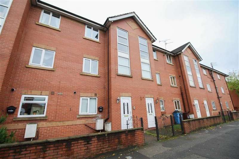 2 Bedrooms Flat for sale in Hyde Road, Gorton, Manchester