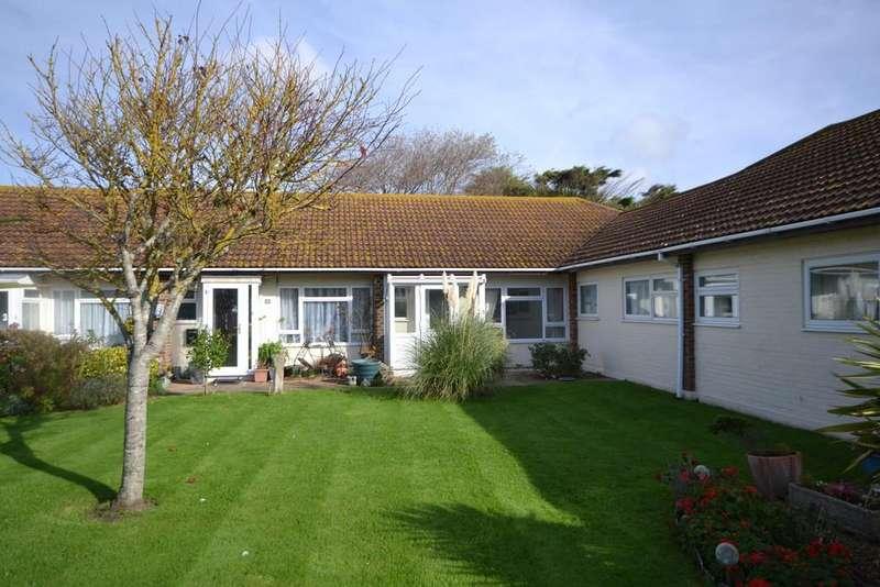 2 Bedrooms Terraced Bungalow for sale in Manor Way, Bognor Regis